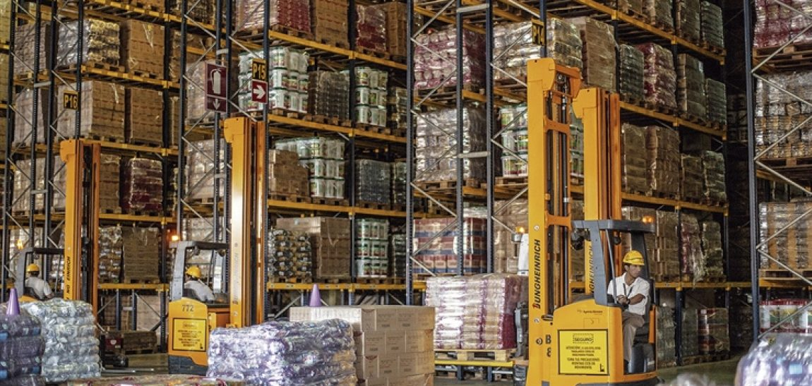 Los beneficios de trabajar con un operador logístico